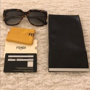 Fendi tortoise shell multicolor gold sunglasses